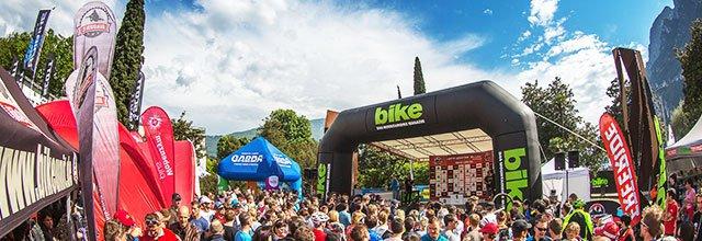 BIKE Festival Riva 2015 - Danny MacAskill sorgt für Showeinlagen der Extraklasse