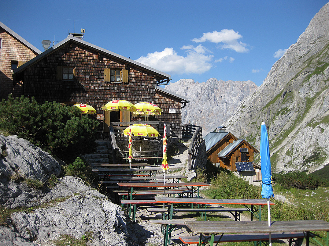 Klettersteig Coburger Hütte : Coburger hütte m vorderer drachenkopf hoher gang